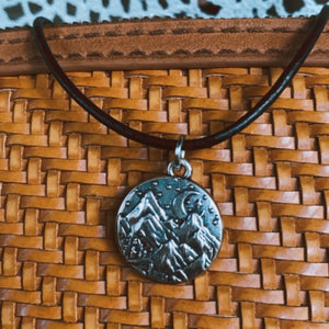 Mountain View Necklace!