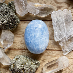 Blue Calcite Palmstone