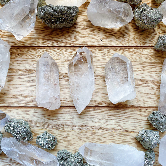 Clear Quartz Points M