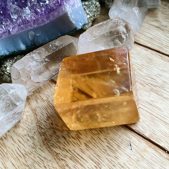 Optical Honey Calcite 1