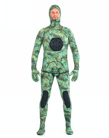HECS Stealth Wetsuit - Multicamo 5mm (Includes long-johns, hooded top, gloves, socks)