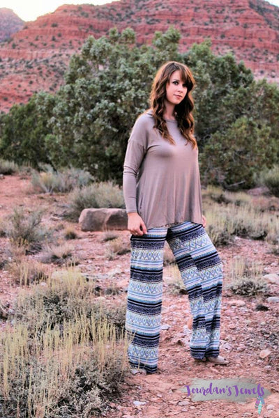 Pretty in Palazzo Pants - Jourdan's Jewels