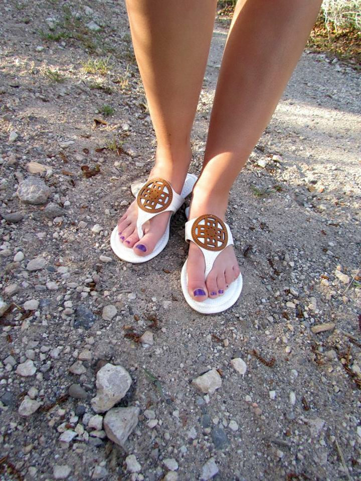 Designer Inspired White Flip Flops - Jourdan's Jewels