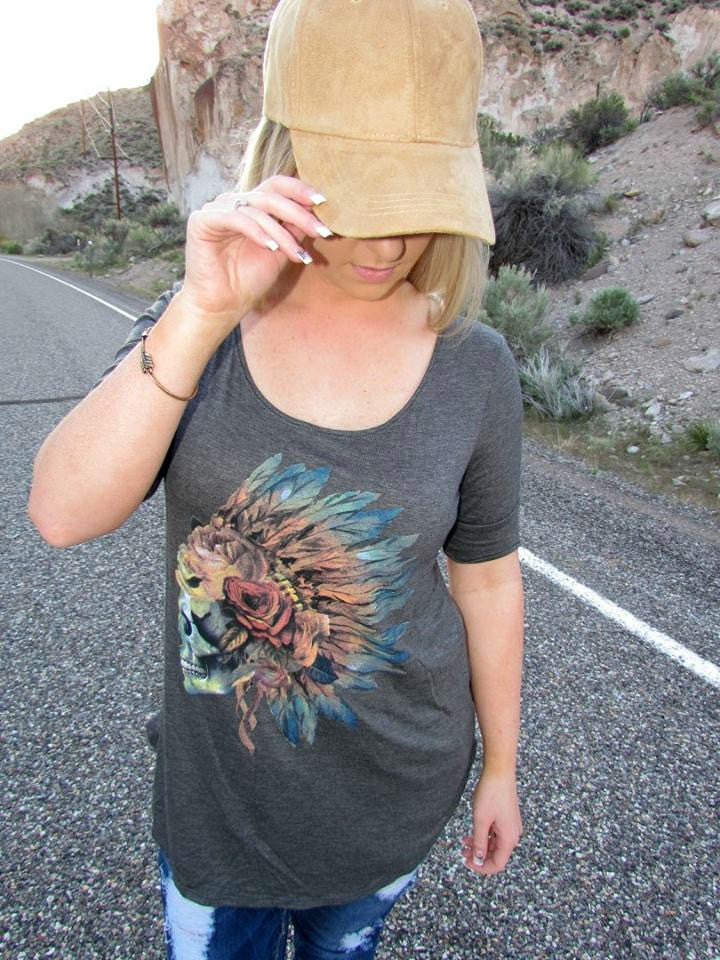 Feather Skull Short Sleeve Top