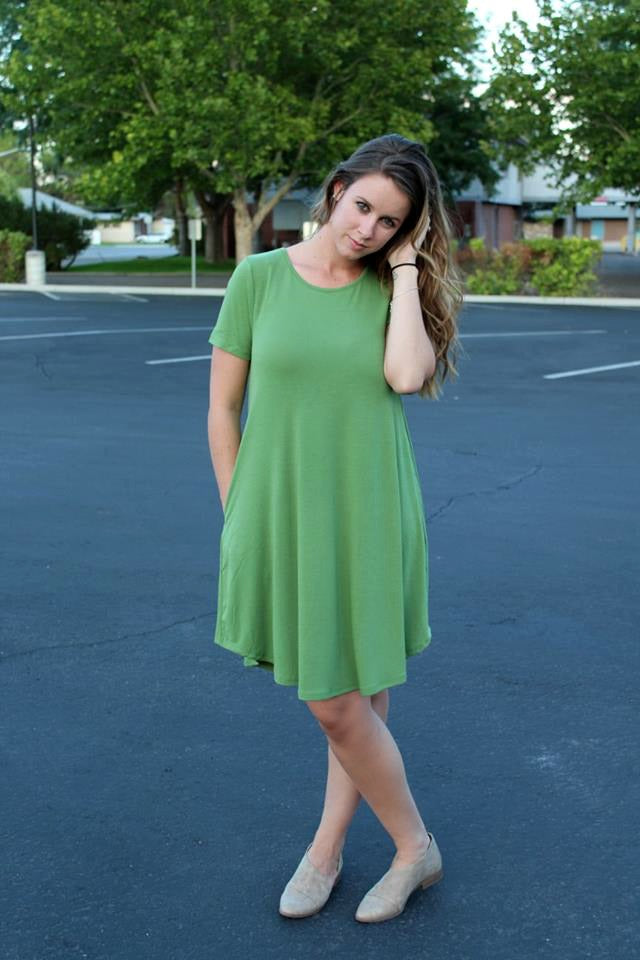 Green Short Sleeve Pocket Dress - Jourdan's Jewels
