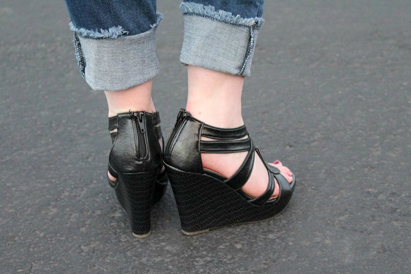 Black Warner Wedges - Jourdan's Jewels