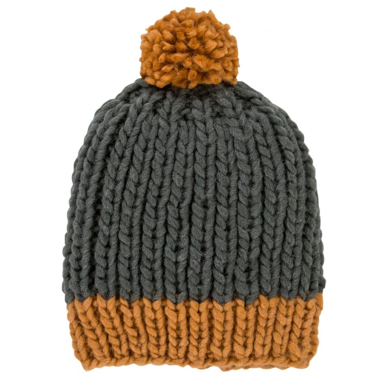 Acorn Kids Winter kids beanie with pom pom