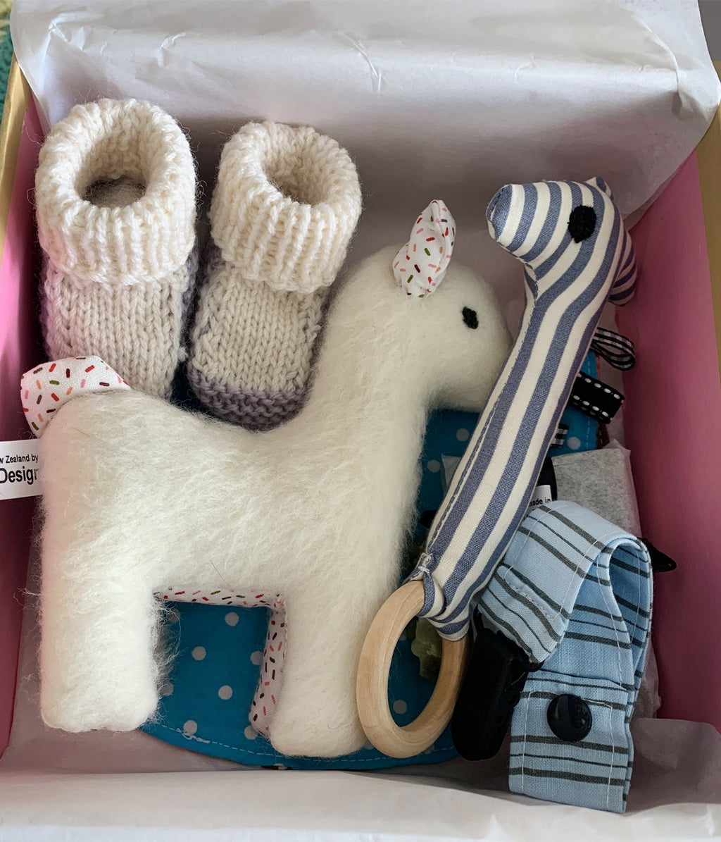 Baby shower gift box – 2 - Truzealia