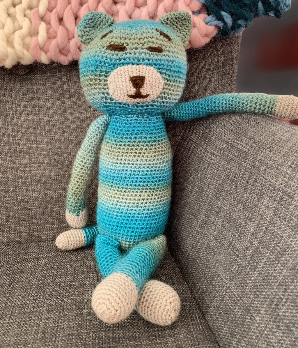 Paisley Lounge presents Amigurumi Cat - Truzealia