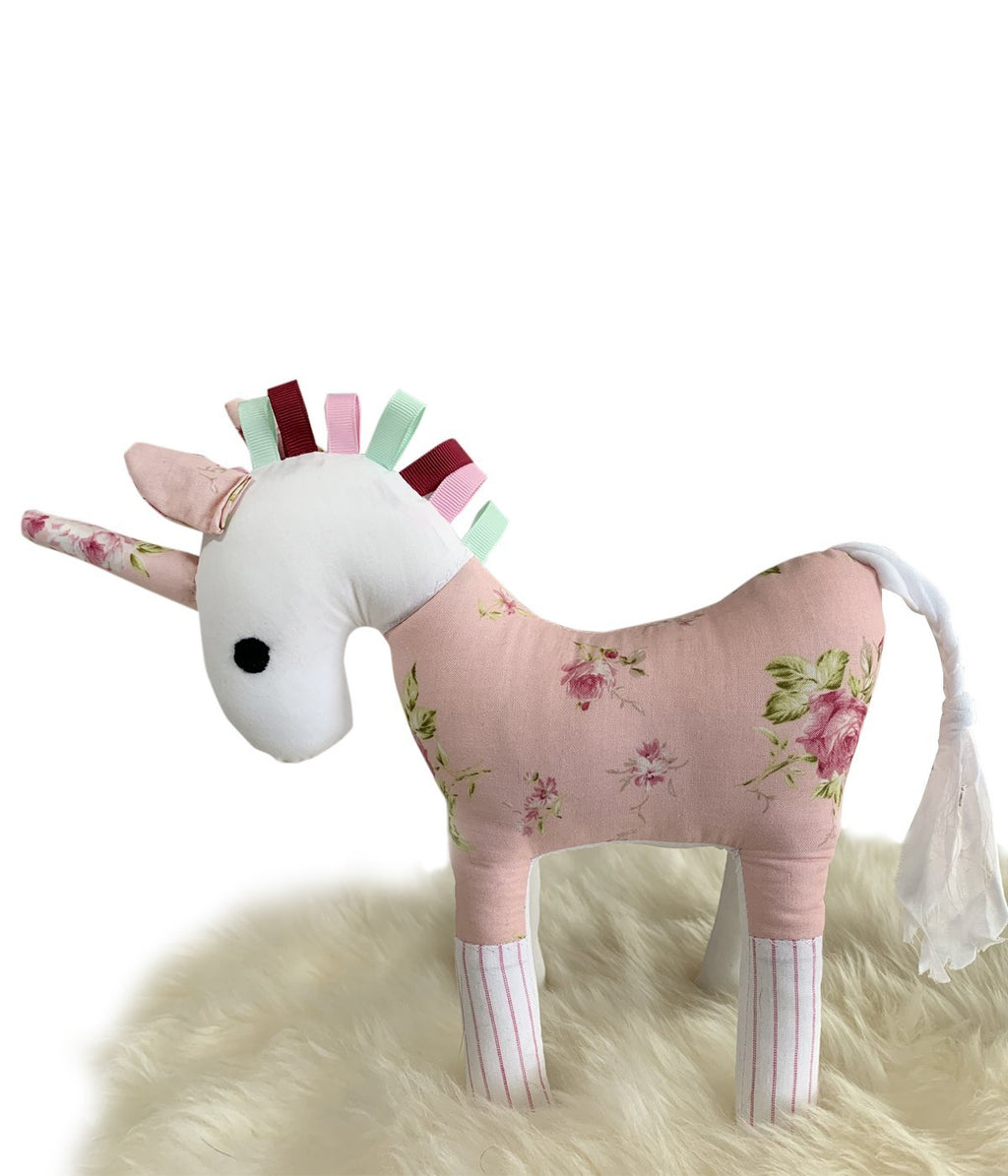 Unicorn – Roses on Apricot - Truzealia