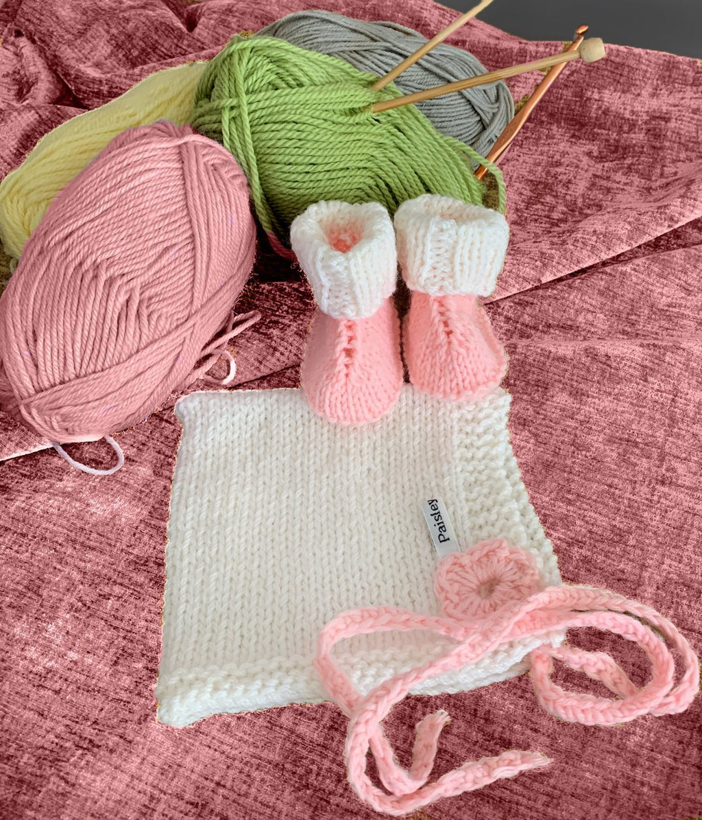 White and Pink Bonnet and Booties – Newborn - Truzealia