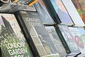 LONDON GIFTS