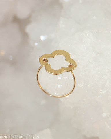SEA'S GARDEN Quatrefoil Gold Ring