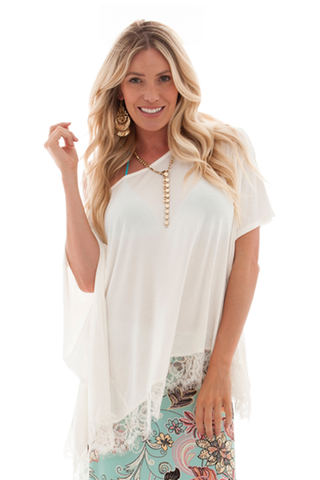 IRDC-Poncho with Lace - Ivory