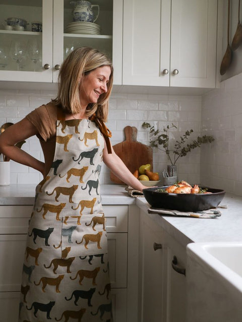 Raine & Humble - Cheetahs Gone Wild Apron