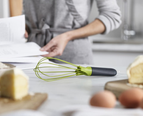 Joseph Joseph - Twist Whisk™ - Grey/Green