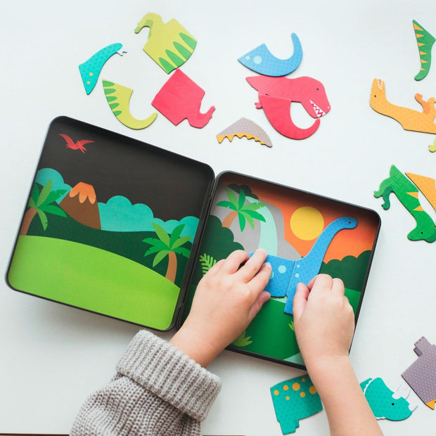 Petit Collage - Dinosaur Kingdom Magnetic Play Set