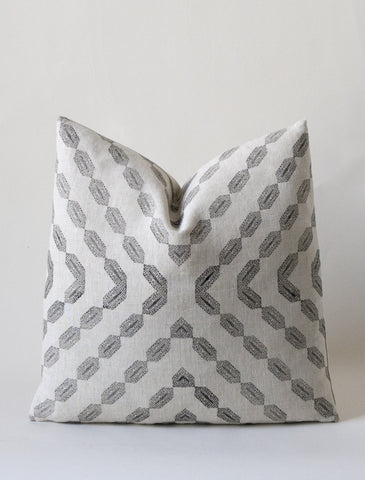 Prana Cushion - Kohl / Flax