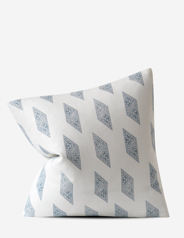 Myriad Pillow / Lake Oyster