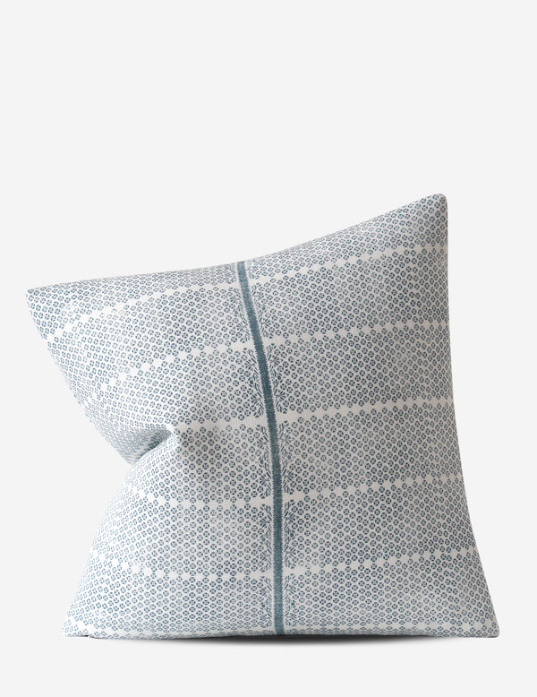 Madu Pillow / Lake Oyster