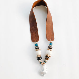 Sea to Sand Necklace - Oyster and Leather in Teal