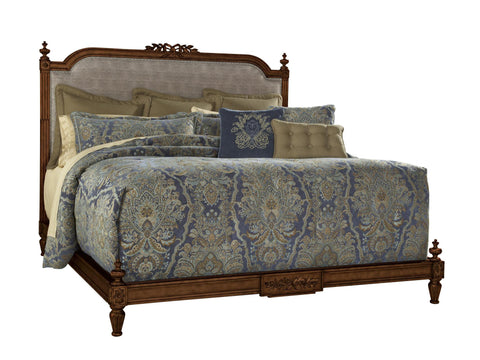 Biltmore Boulevard Queen Vanderbilt Bed by FFD