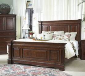 Antebellum Queen Mansion Bed by Fine Furniture Design