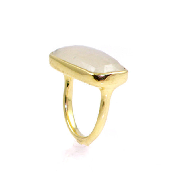 Rainbow Moonstone 18K Gold