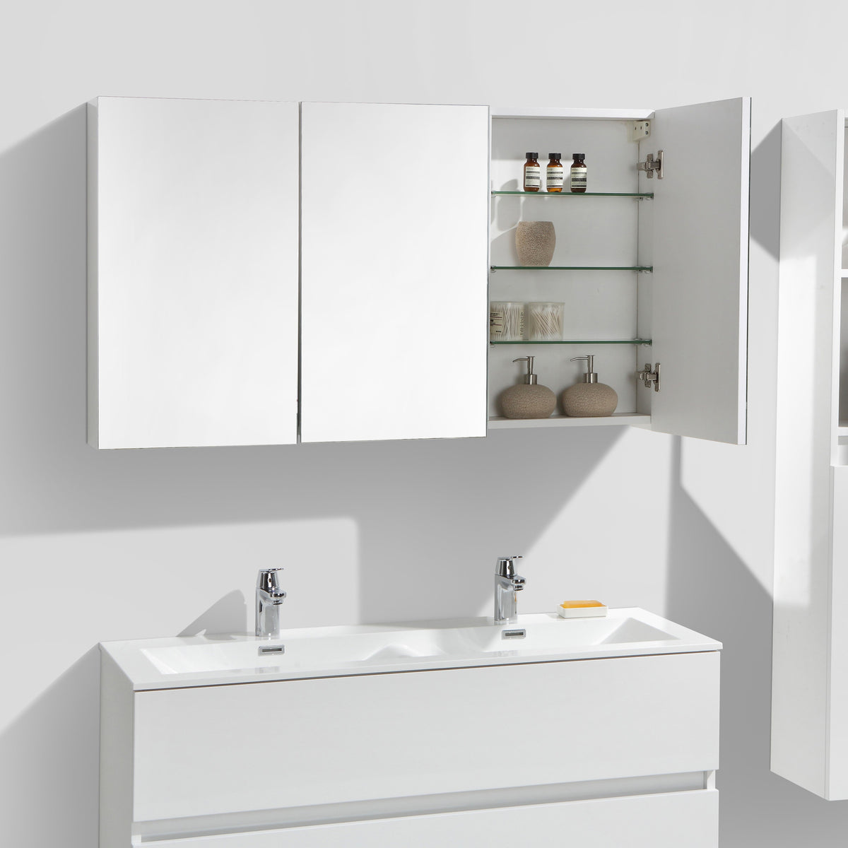armoire de toilette bloc miroir siena largeur 120 cm blanc laqu le monde du bain. Black Bedroom Furniture Sets. Home Design Ideas