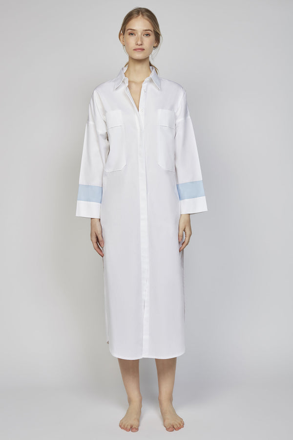 MONDAY 06F | WOMEN'S WHITE & BLUE DRESS SHIRT
