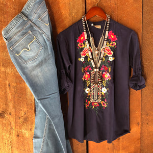 Lajitas Embroidered Blouse