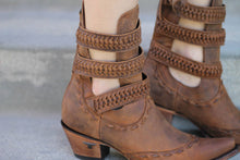 Load image into Gallery viewer, Lane Mesilla Ankle Boot in Burnt Caramel