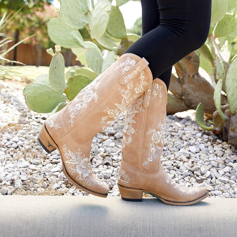 Lane Lacey Boot in Sesame