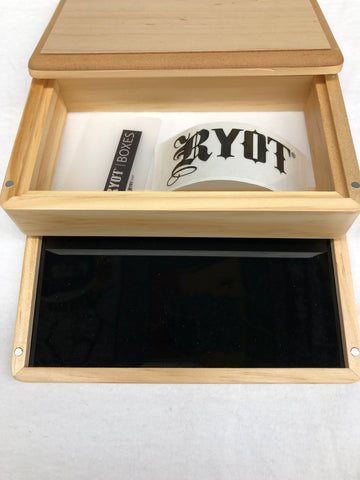 RYOT (6½ Inches x 4 Inches) 3 Peice Magnetic Light Brown Wood Sifter Box