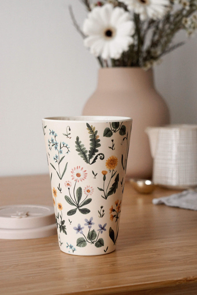 Joannie Houle Little Spring cup by Mimi & August