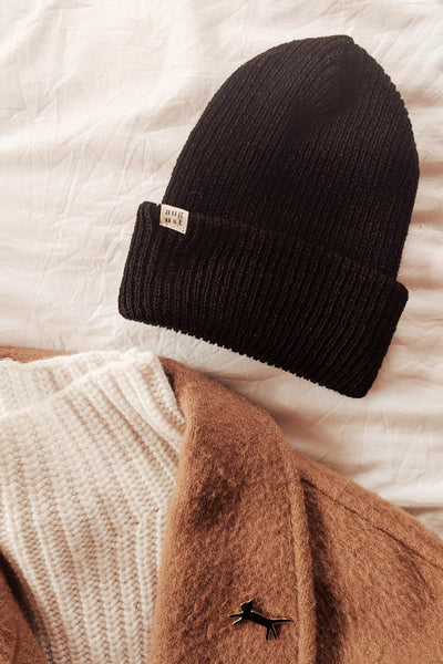 Outfit with Black Fluffy Watch Cap Unisex Beanie Mimi and August