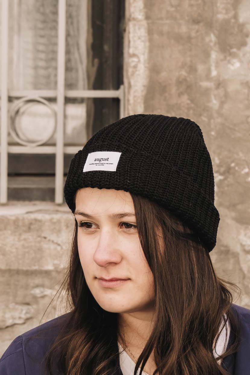 Wear the most comfiest black beanie during the cold weather by mimi & august