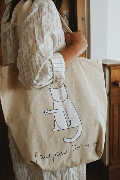 Women using paw paw tes miaw reusable tote bag by mimi & august