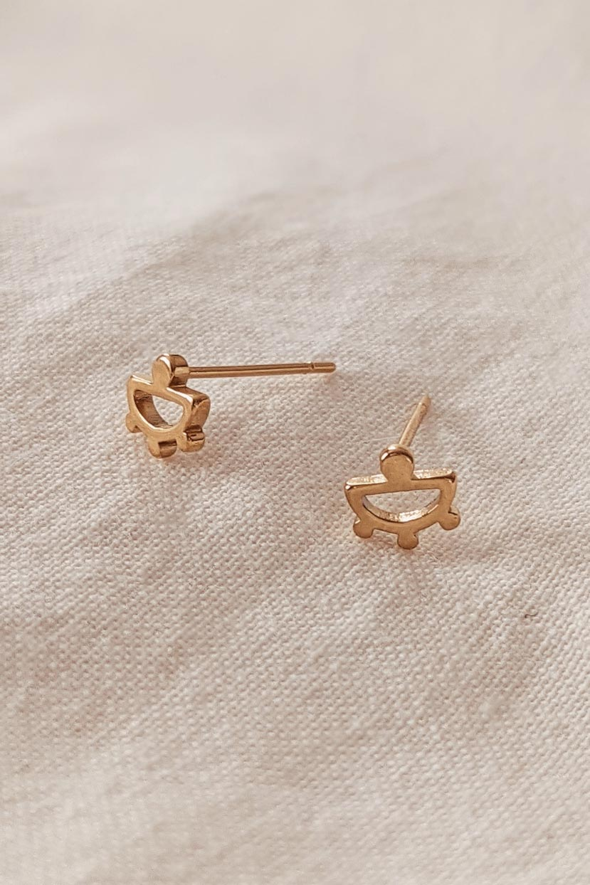 Tropical is a beautiful yellow Gold Earrings by Mimi & August