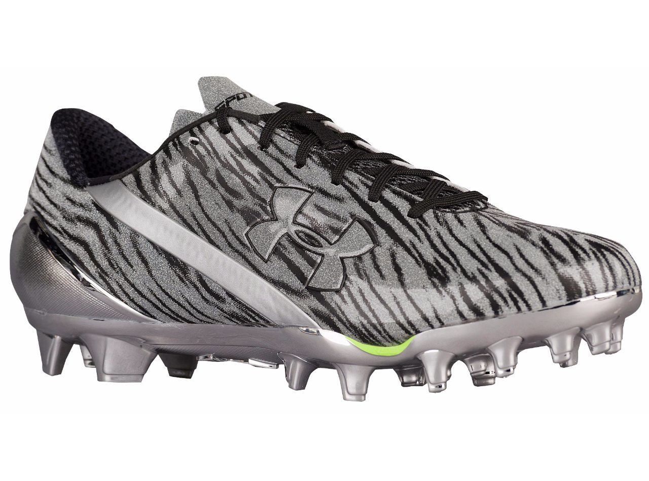 d9acdce19 Under Armour Men s Spotlight Molded Football Cleats - 8   Metallic  Silver White
