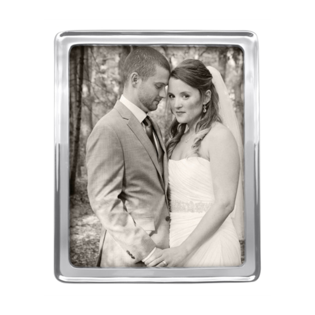 Mariposa Signature Photo Frame