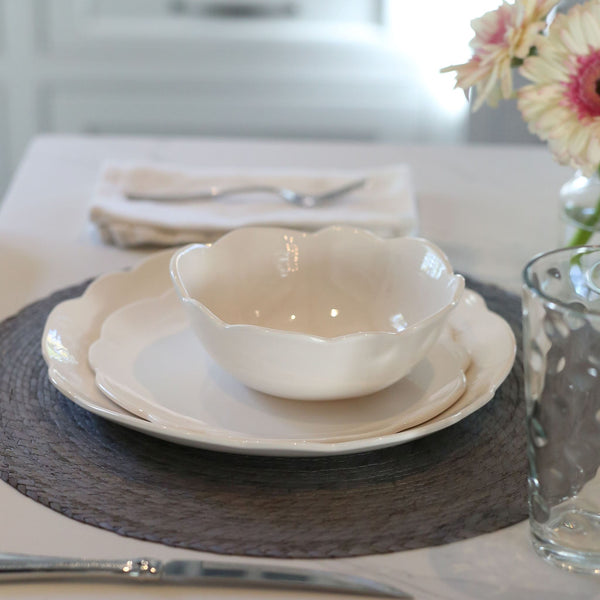 Melamine Scalloped Dinner Plate