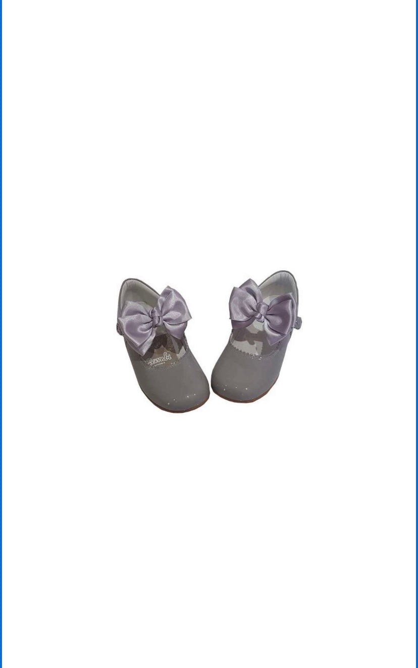 Grey MARY JANES IN PATENT BUTTERFLY BOW BAMBI SHOES