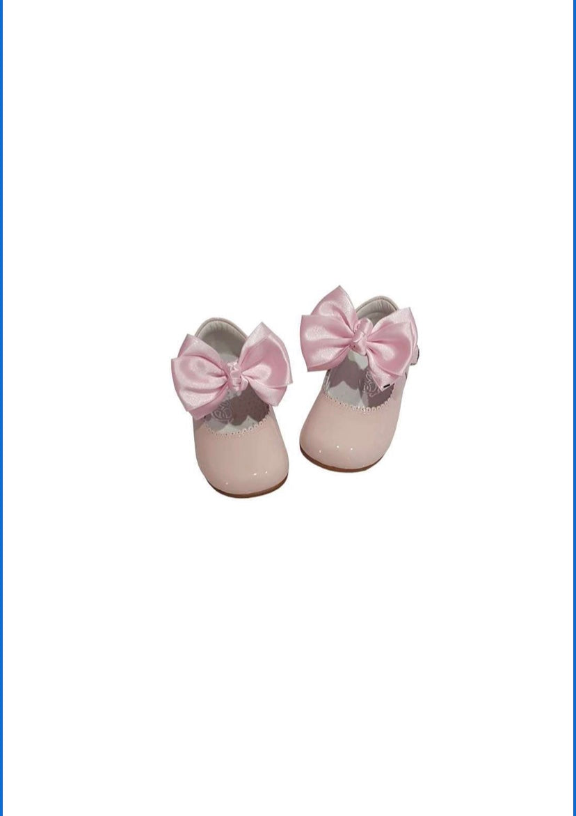 Pink MARY JANES IN PATENT BUTTERFLY BOW BAMBI SHOES