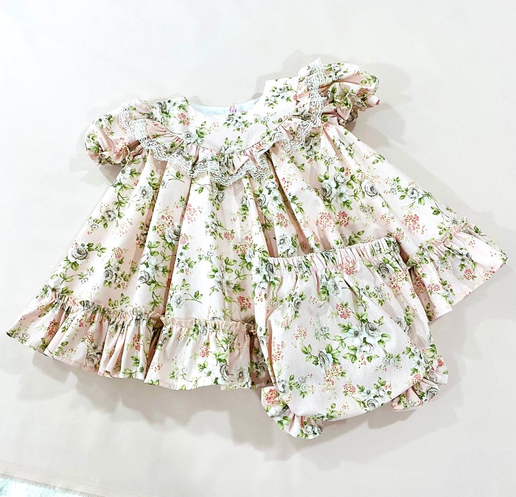 Betsy Exclusive 2 piece Dress set