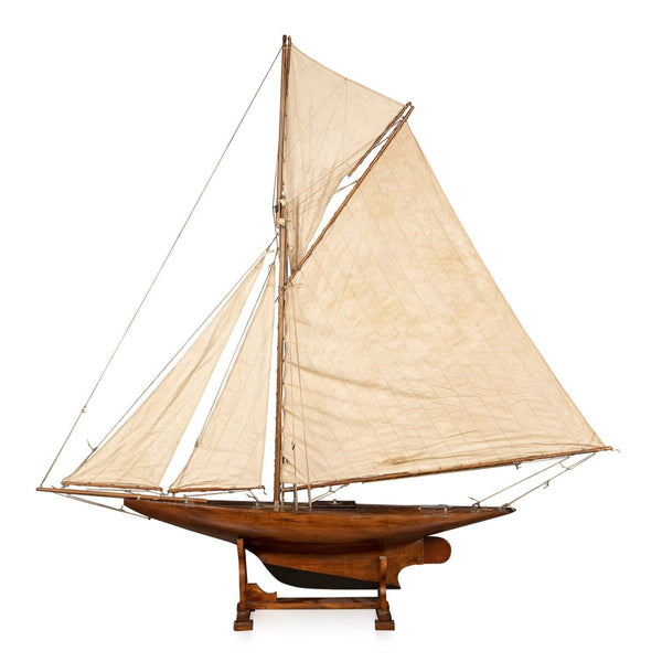 English Gaff Rigged Racing Pond Yacht c1910