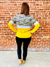 Load image into Gallery viewer, Camo & Mustard Top