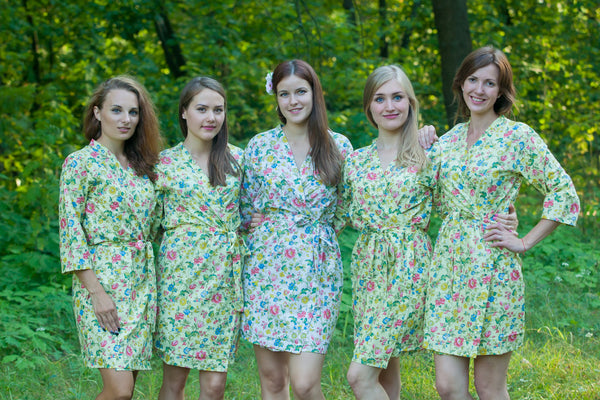 Happy Flowers Pattern Bridesmaids Robes|Light Yellow Happy Flowers Pattern Bridesmaids Robes|Happy Flowers