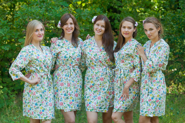 Happy Flowers Pattern Bridesmaids Robes|White Happy Flowers Pattern Bridesmaids Robes|Happy Flowers