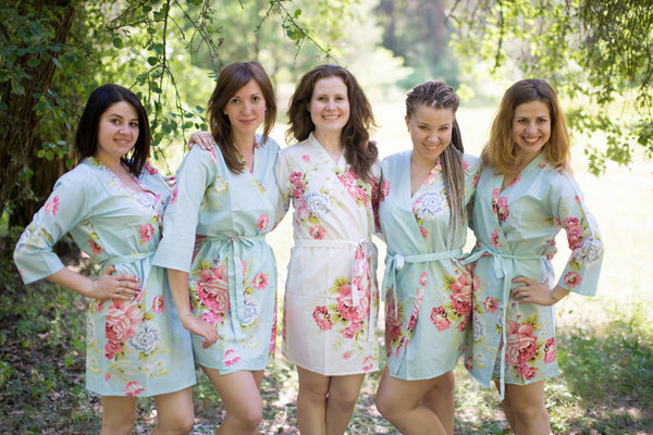 Light Blue Cabbage Roses Pattern Bridesmaids Robes